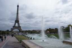 Fountains of Trocadero Garden & Eiffel Tower in the back.jpg