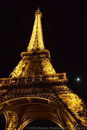 The Moon and the Eiffel Tower at Night.jpg