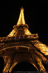 Eiffel Tower at night seen from the base-001.jpg