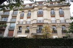 Paris Apartments on Alle Adrienne Lecouvreur at Champ de Mars.jpg