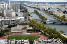 Stadium Emile Anthoine & Pont de Bir-Hakeim seen from Eiffel Tower.jpg