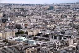 Paris Northwest of Seine River seen from Eiffel Tower.jpg