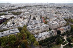 Avenue de la Bourdonnais Apartments looking towards 2nd Arrondissement of Paris.jpg