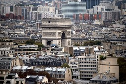 Arc de Triomphe Picture Taken from Eiffel Tower.jpg